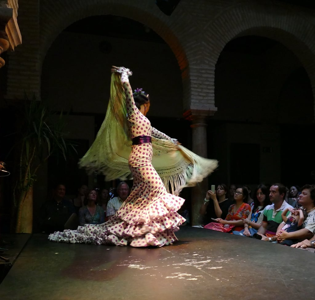 Flamenco_in_Sevilla_03